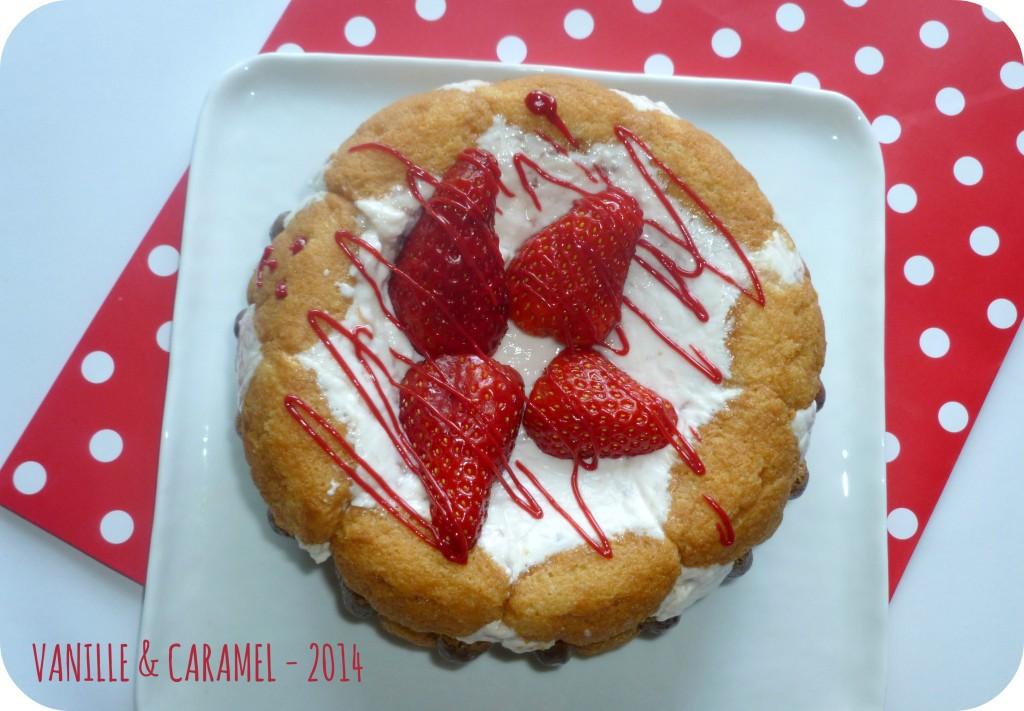 Charlotte aux fraises Vanille et Caramel